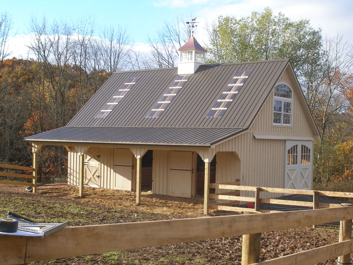 Smucker Builders horse barn