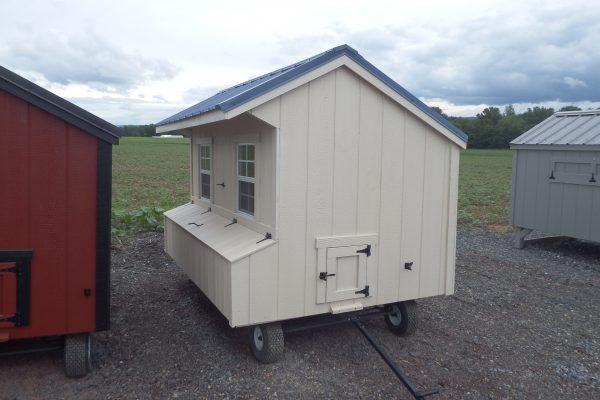 5×8 Quaker chicken coop on wheels